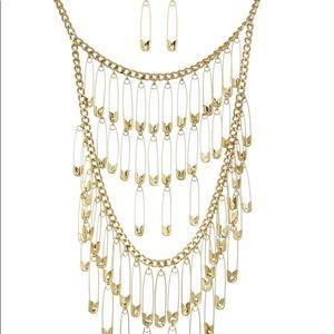 Traci Lynn Celbritique Necklace Set Gold